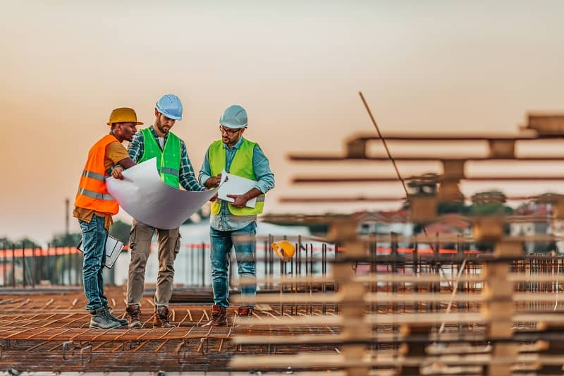 Why More Young People Should Consider a Career in the Construction Industry